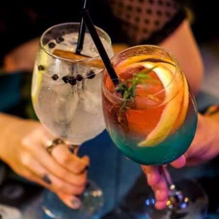 Happy Hour em Santos e Guarujá - Revista Nove - Cola na Base2