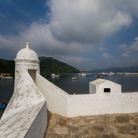 1) Forte São João, em Bertioga