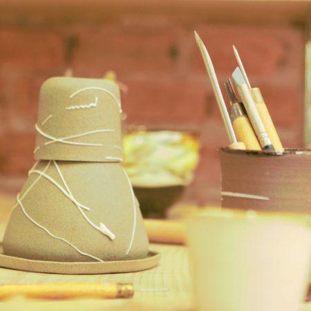 Oficinas de cerâmica em Santos - Revista Nove3