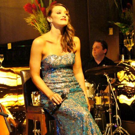 sabrina-parlatore-santos-jazz-festival-revista-nove